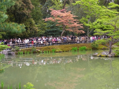 Kyoto Kinkakugi crowds Golden Week