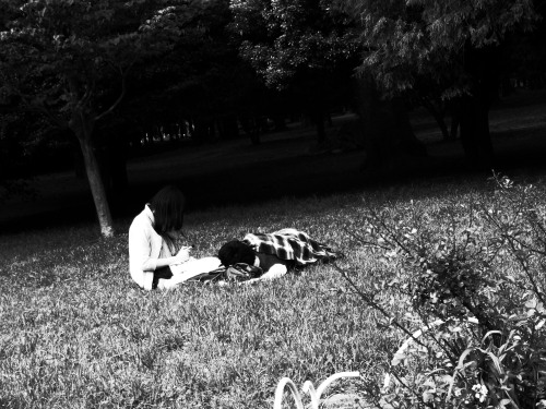 Haruki Murakami couple in Yoyogi Park