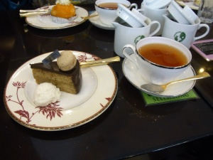 Ginza tea and cake
