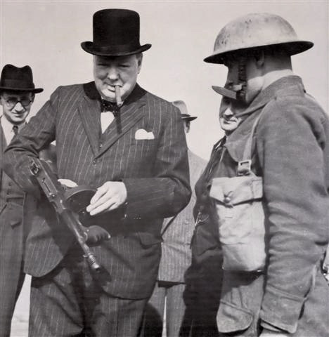 churchill-met-tommy-gun