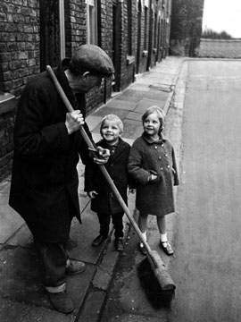 children_sweep_shakeshaft
