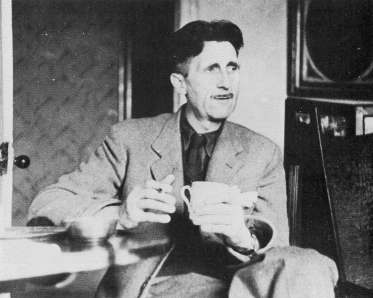 george-orwell-drinking-tea